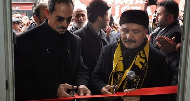 Bağımsız Büyükşehir Belediye Başkan Adayı Erhan Usta'dangövde gösterisi