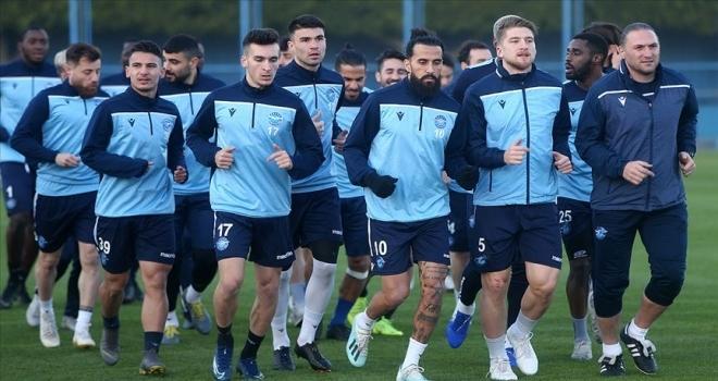 Adana Demirspor Boluspor maçının tribün gelirini deprem bölgesine gönderecek