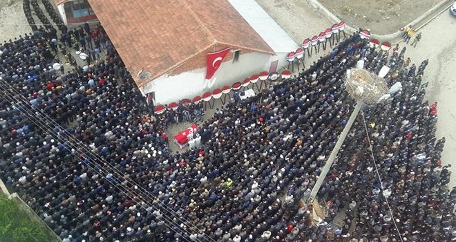 Şehit Fındık'ı binler uğurladı