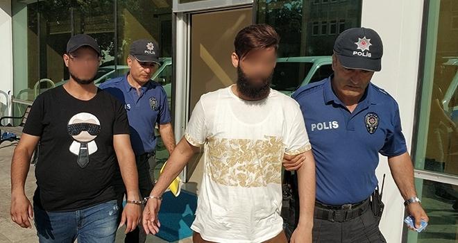Samsun'da 3 Ayrı Mağazadan Deodorant ve Eşofman Çalan 3 Şahıs Yakalandı
