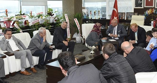 Tekkeköy Belediye Başkanı Hasan Togar Tebrikleri Kabul Etti
