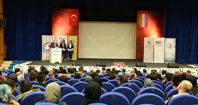 Özbek ÖğrencilerÜlkelerini Tanıttı