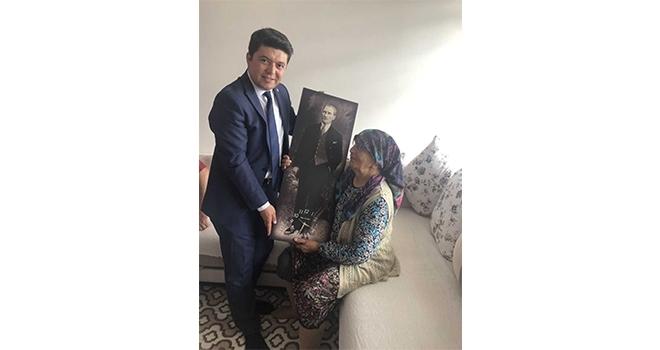CHP'nin en yaşlı üyesine ziyaret