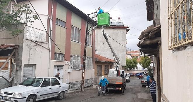 Fırtına elektrik tellerini koparttı