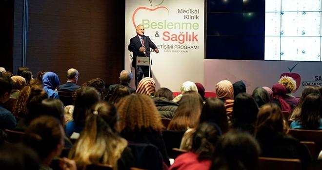 Türkiye'de Bir İlk! Tıp Doktorları Sabri Ülker Vakfı Medikal Klinik Beslenme ve Sağlık İletişimi Programı'nda Beslenme Bilimi Üzerine Eğitim Aldı