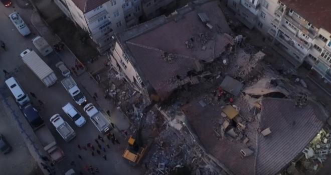 AFAD: Depremde ölenlerin sayısı 22'ye yükseldi, yaralı sayısı 1030