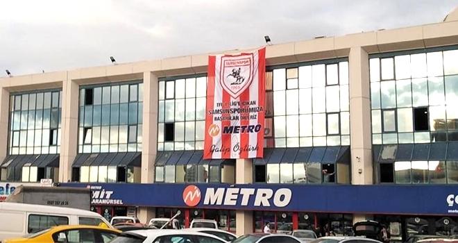 Esenler Otogarı'nda Samsunspor bayrağı