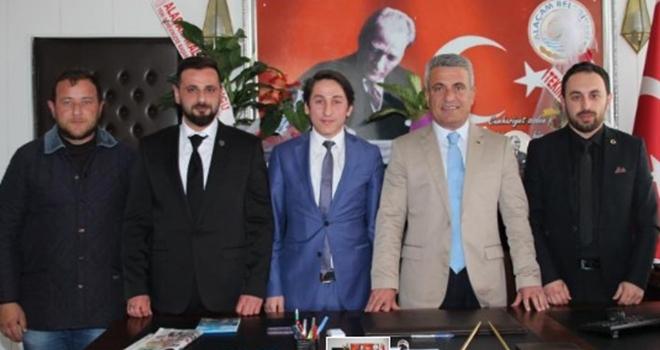 Ülkücülerden Alaçam Belediye Başkanı İlyas Acar'ahayırlı olsun ziyareti