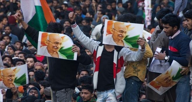 Gandhi'nin başını çektiği Hint bağımsızlık hareketine Türk Kurtuluş Savaşı'nın etkisi unutulmadı