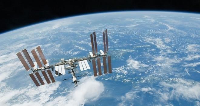 Amerikalı astronot Kate Rubins başkanlık seçiminde oyunu uzaydan kullanacak