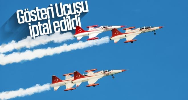 Türk Yıldızları'nın Samsun'da yapacağı uçuş iptal edildi