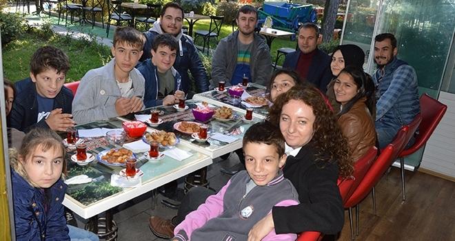 Samsun'da Özel ÖğrencilerdenEsnaf Ziyareti