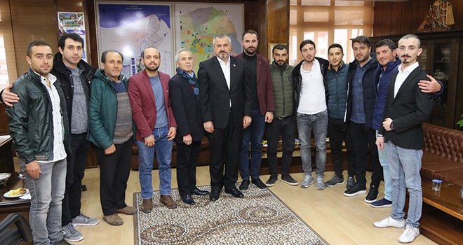 İstanbul Genç Bafralılar Başkan Kılıç'ı ziyaret etti