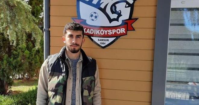 Kadıköyspor'un Genç Oyuncusu Emirhan Özcan Eskişehir Yunus Emrespor'a transfer oldu