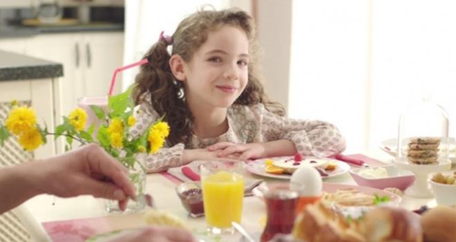 Kahvaltı yapan çocuklar okulda başarılı oluyor
