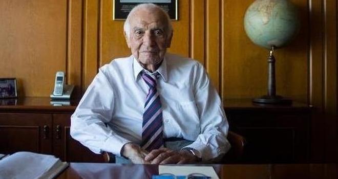 Ünlü iş insanı ve siyasetçi Murtaza Çelikel hayatını kaybetti