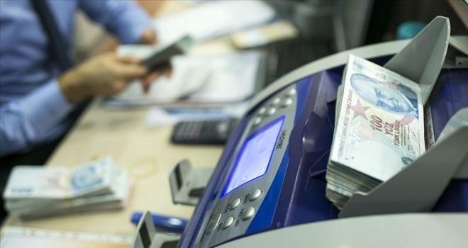 Bankalar zorlu dönemde müşterilerine omuz verdi